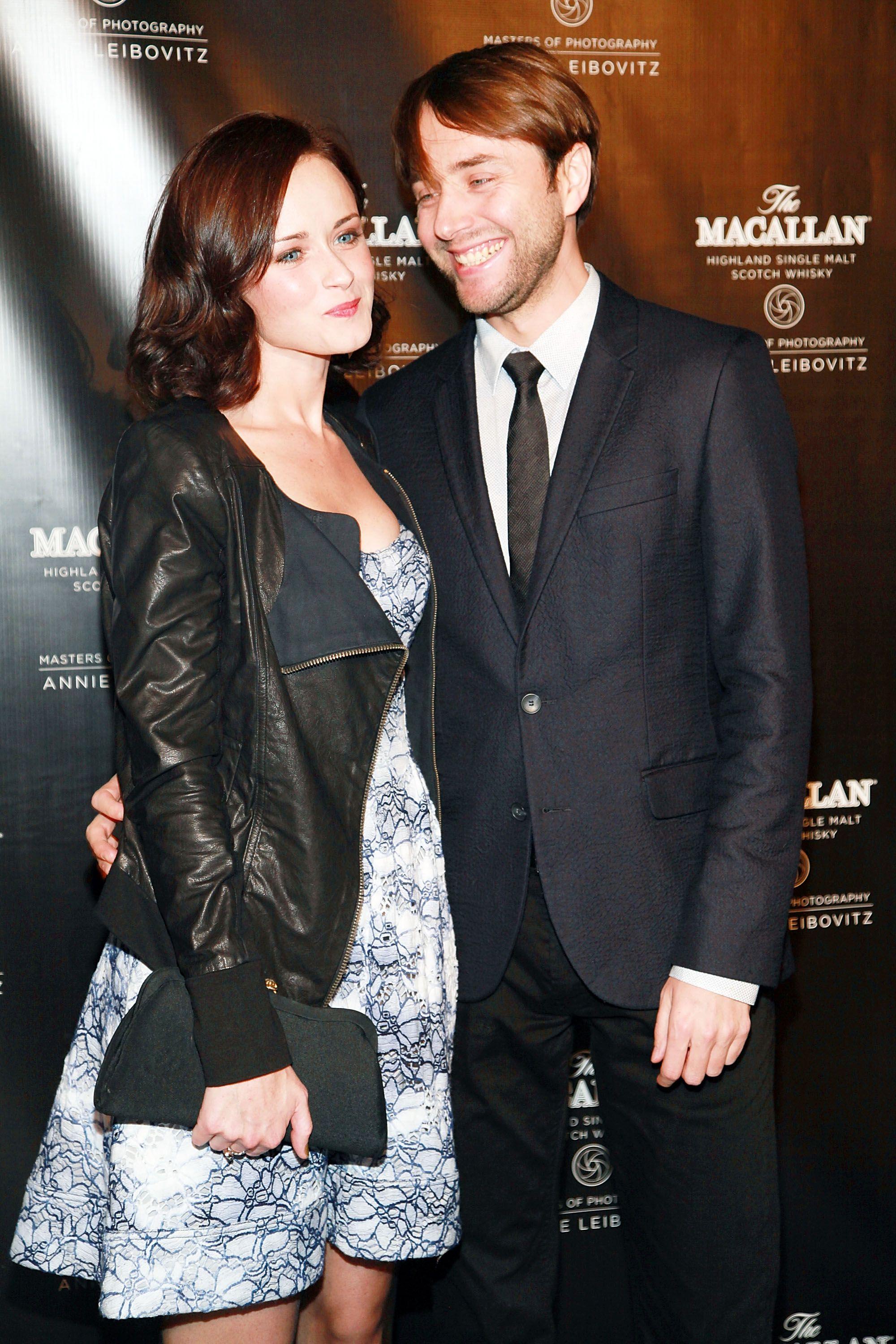 tv couples who became real couples tv couples couples and mad men