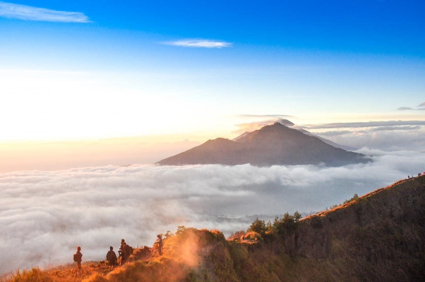 Pemandangan Kabut Lautan Awan Gunung Batur Kintamani Bali Indonesia Traveller Pemandangan Maldives Awan