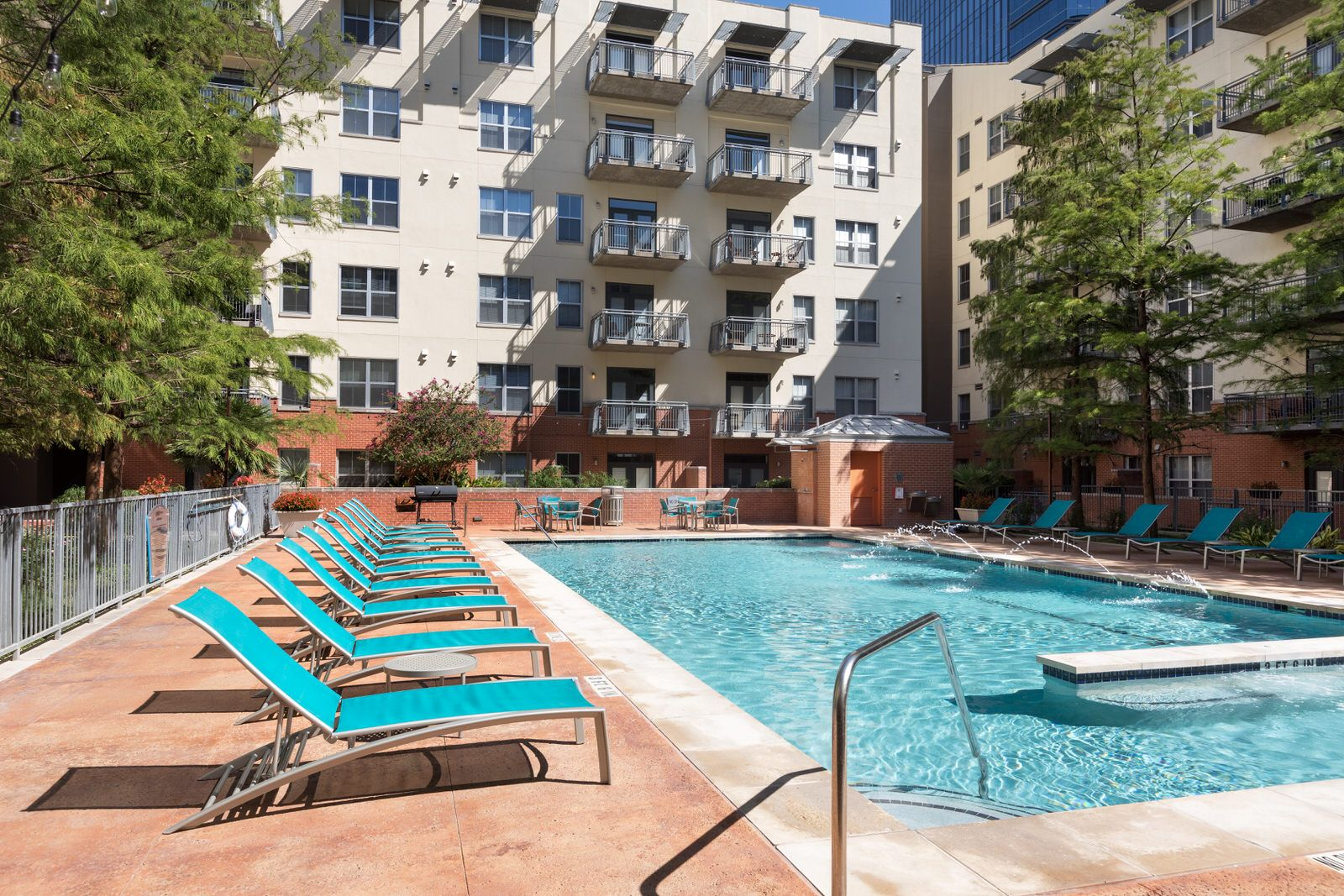 Pool time! (With images) | Downtown austin apartments ...