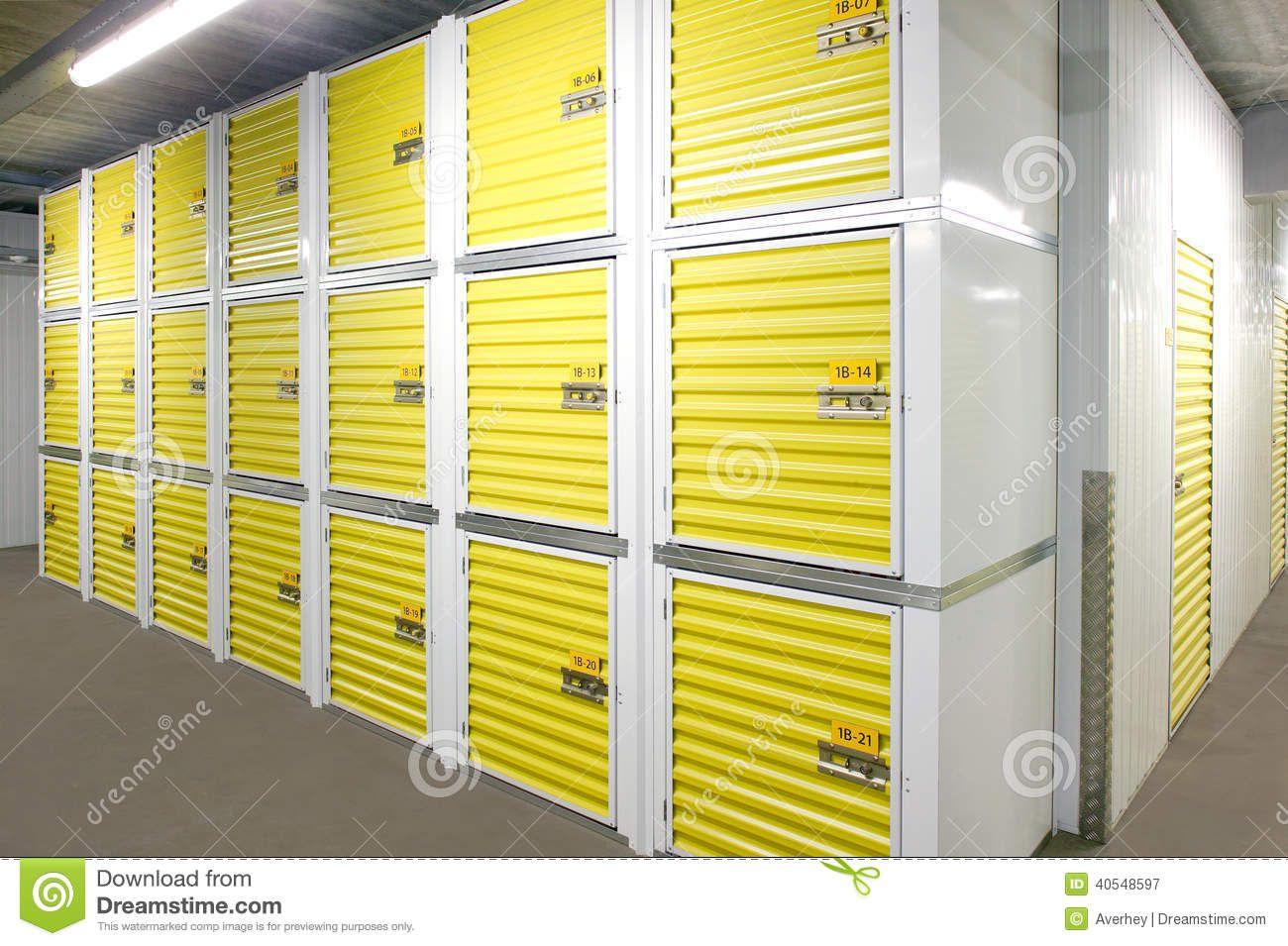 Resultado De Imagen Para Self Storage Self Storage Units Self Storage Built In Bathroom Storage