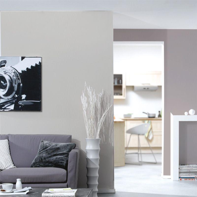 Papier peint vinyle podium coloris violine apportez chic et féminité à vos murs avec ce papier peint vinyle podium son coloris violine dynamisera vos