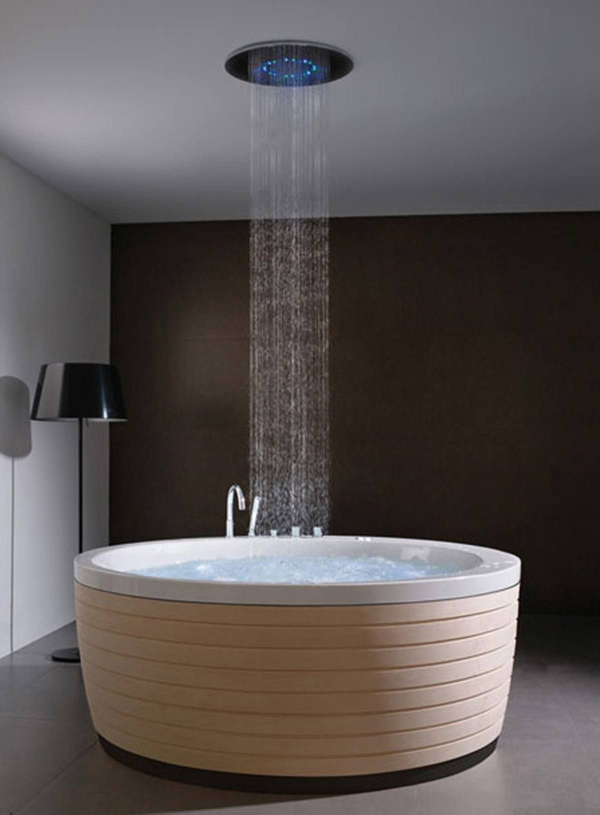15 Incredible Freestanding Tubs With Showers | free standing tub ...