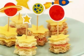 Outer Space Snack Ideas - Galactic Starveyors VBS - Southern Made Simple
