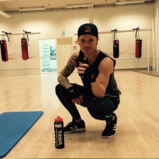 saulikoskinen -  #personaltrainer #fitdiamonds @ptjarisorsa https://instagram.com/p/4Bug6sFmqh/