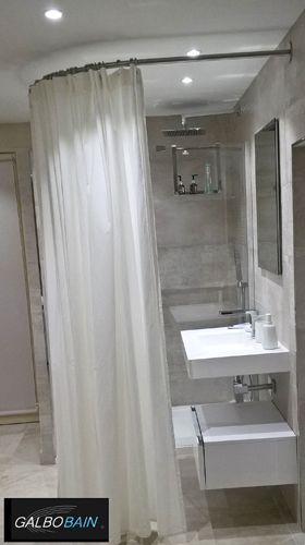 Installation d\u0027une cabine textile d\u0027angle GalboBain pour intimiser