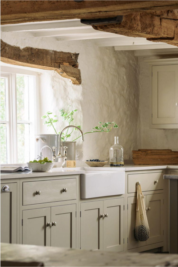 17 KEY ELEMENTS TO ACHIEVING THAT ENGLISH COTTAGE LOOK
