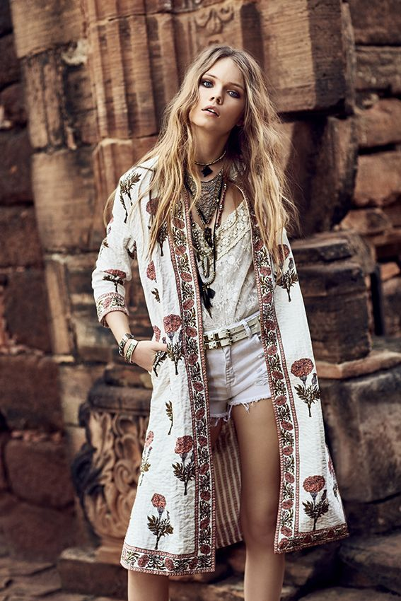In White Boho Chic Fashion Bohemian Queen Gypsy Embroidery