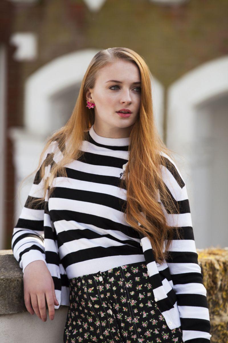 Sophie Turner | Sophie turner, Sansa stark, Celebrities