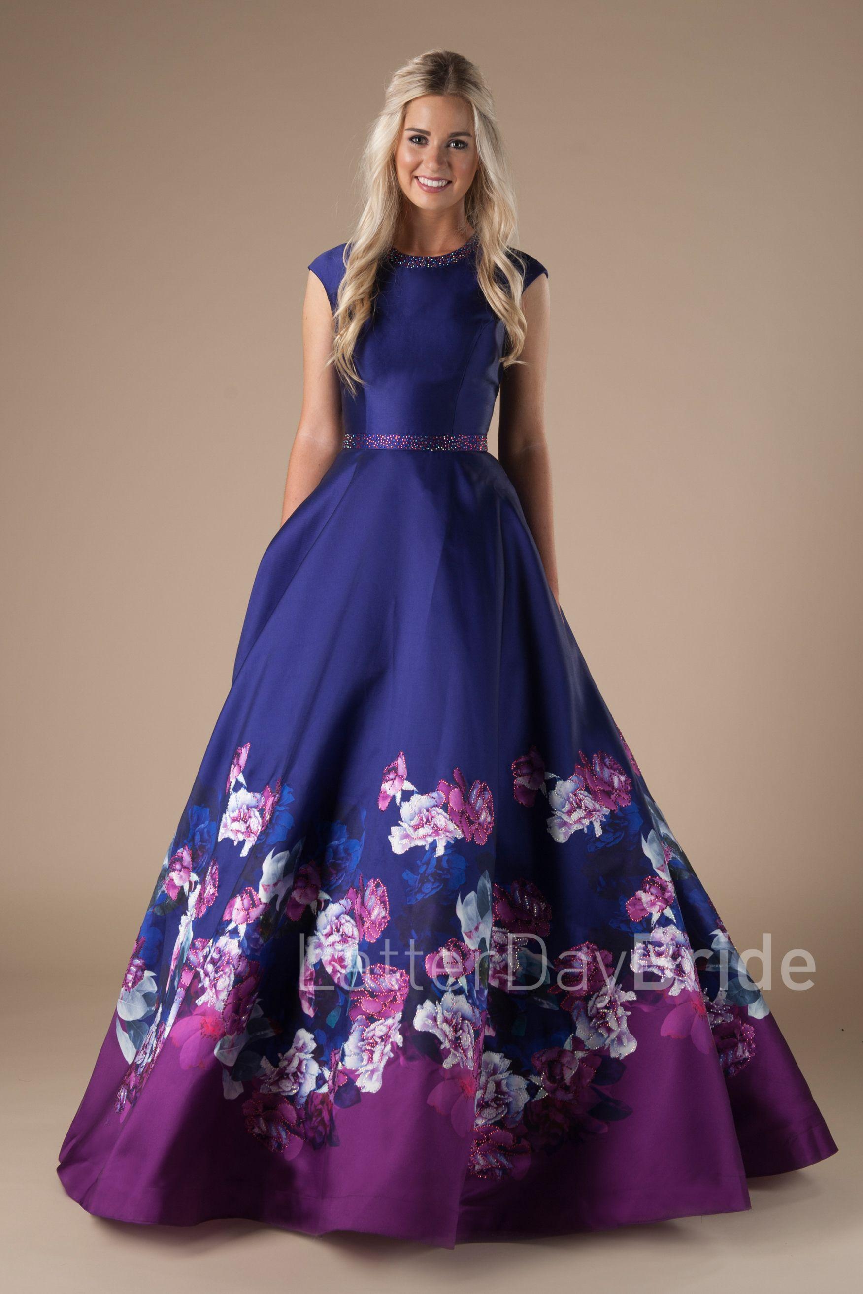 Saylor | moda fashion | Pinterest | Elegante, Trajes elegantes y ...