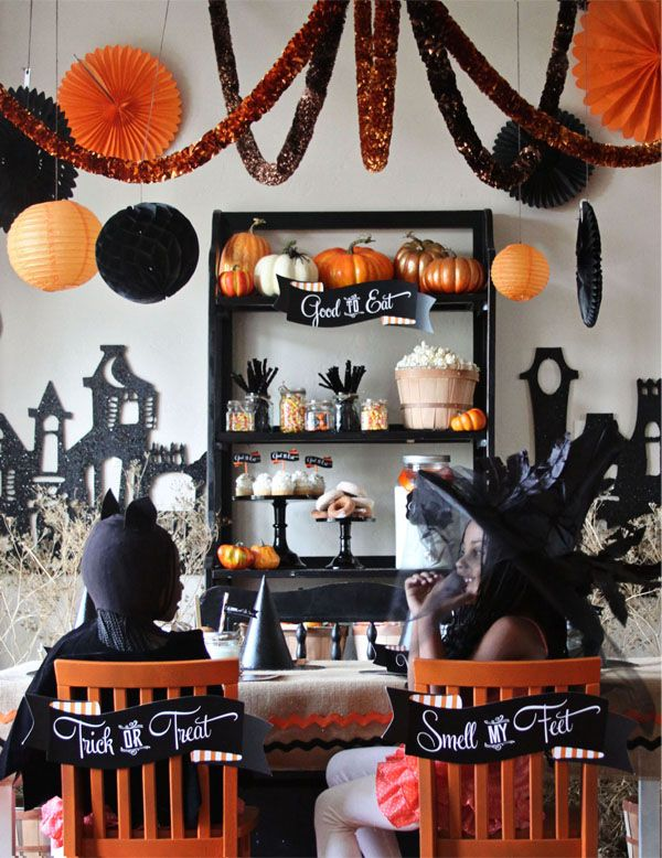 Cute Halloween decorations CREATE  HALLOWEEN CRAFTS {DIY - halloween decorations party