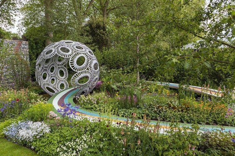 jardin design, sculptures artistiques, arbres, arbustes, fleurs et ...