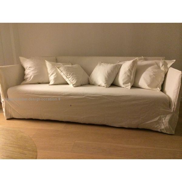 Canapé ghost livré avec housse en lin blanc et housse en