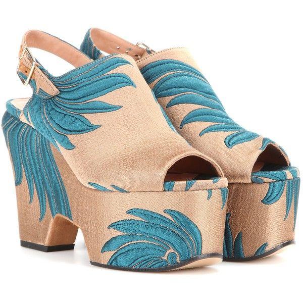 Dries Van Noten (5,870 CNY) ❤ liked on Polyvore featuring shoes, dries van noten, heels, sandals and dries van noten shoes