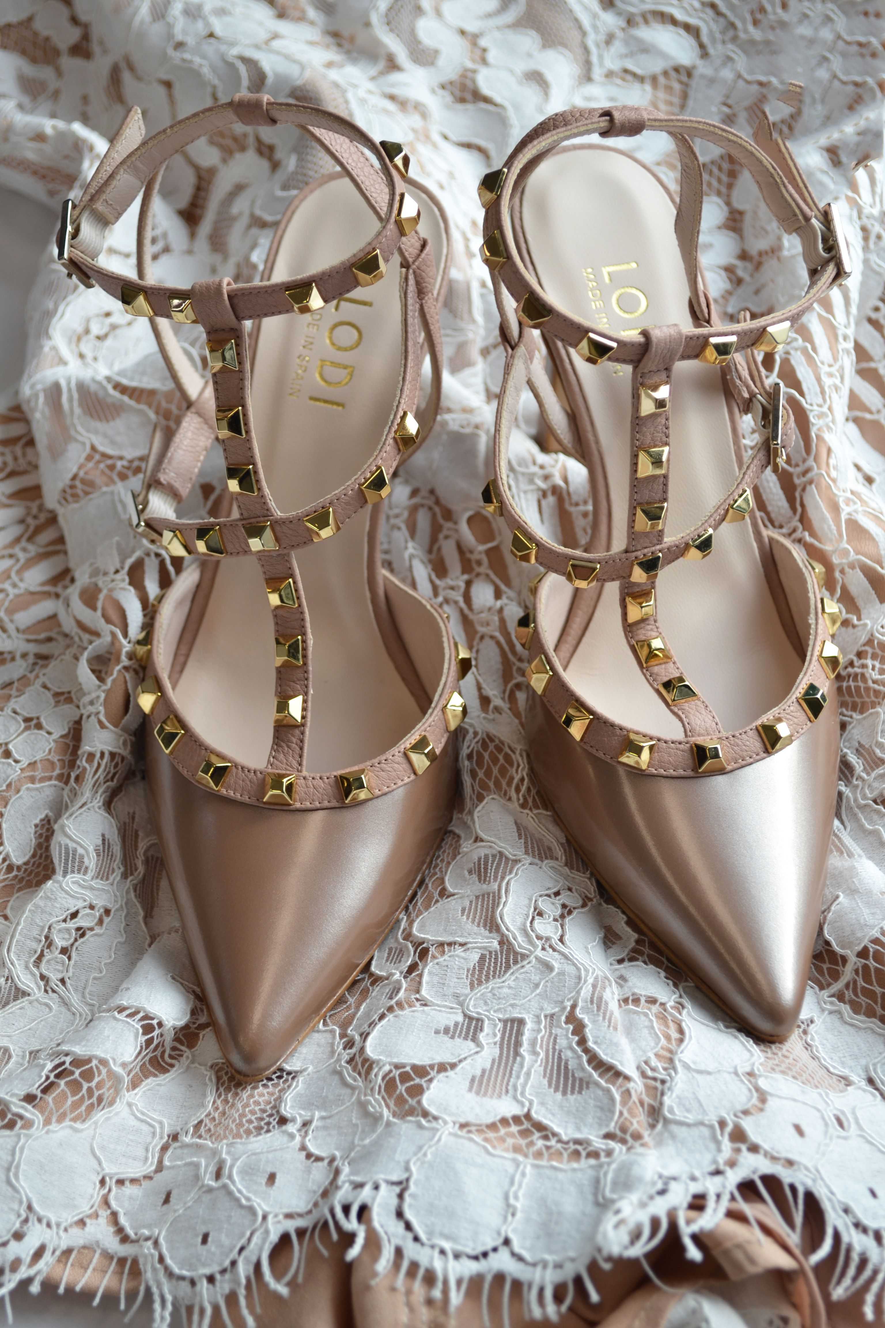 Retro Rosa Satin Hochzeit Schuhe Braut Chunky Studs Niet