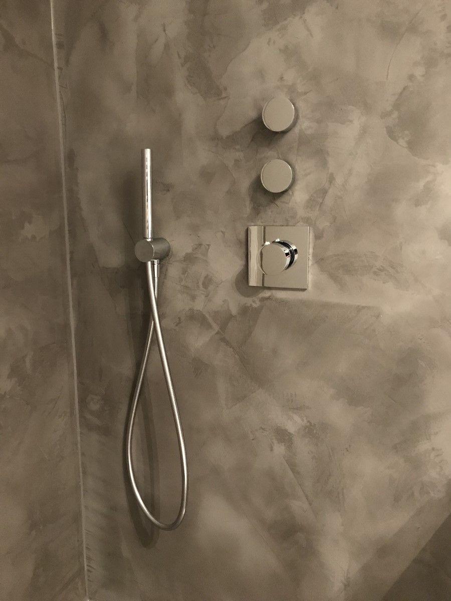 fugenlose dusche in betonoptik. super-edler silber-look. fugenlos