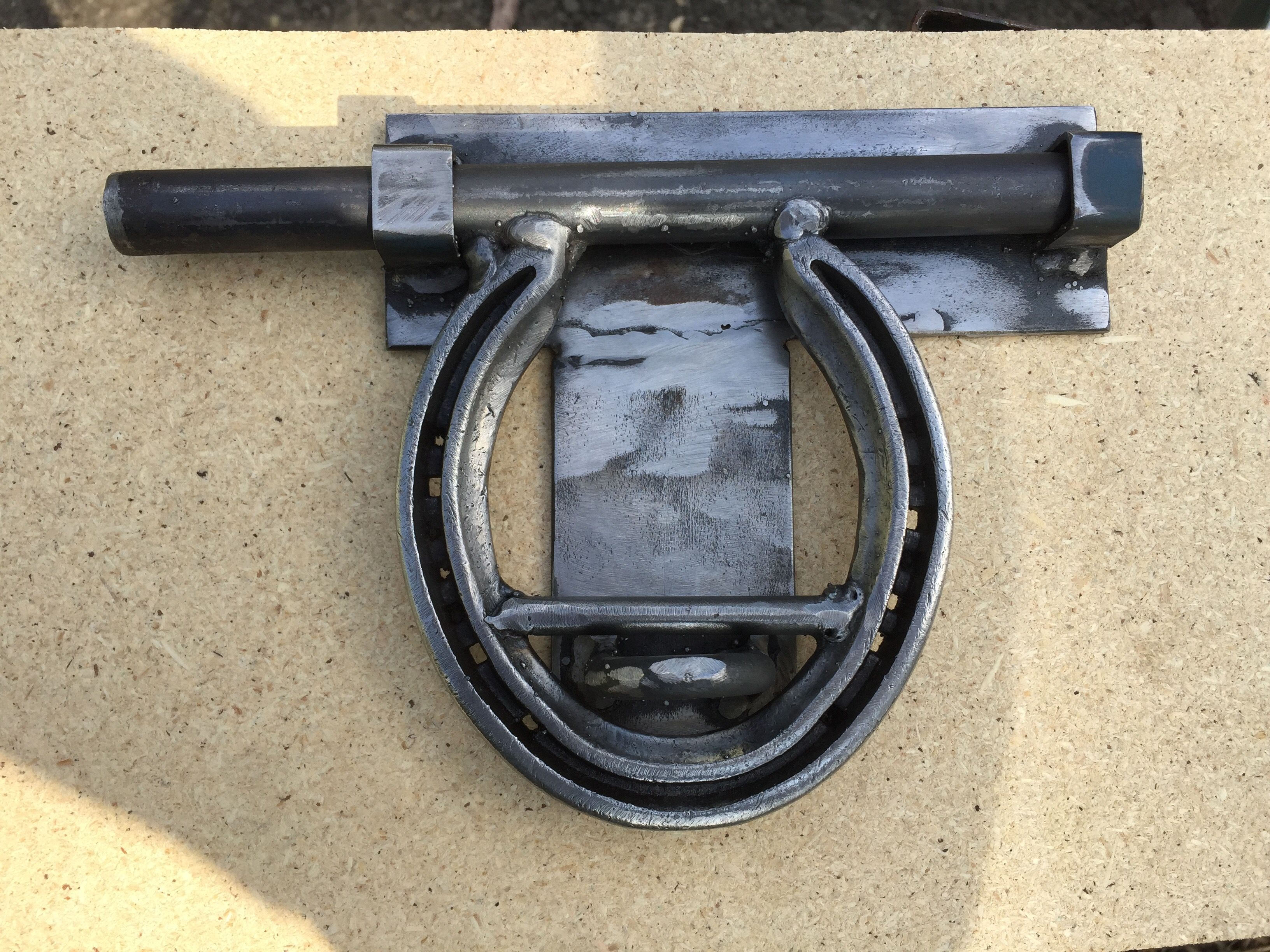 Horse shoe door lock for tack room my knife u blacksmith projects