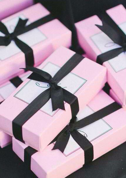 Dior Pink Black favor boxes for Kathryn Bernardos debut Ideal