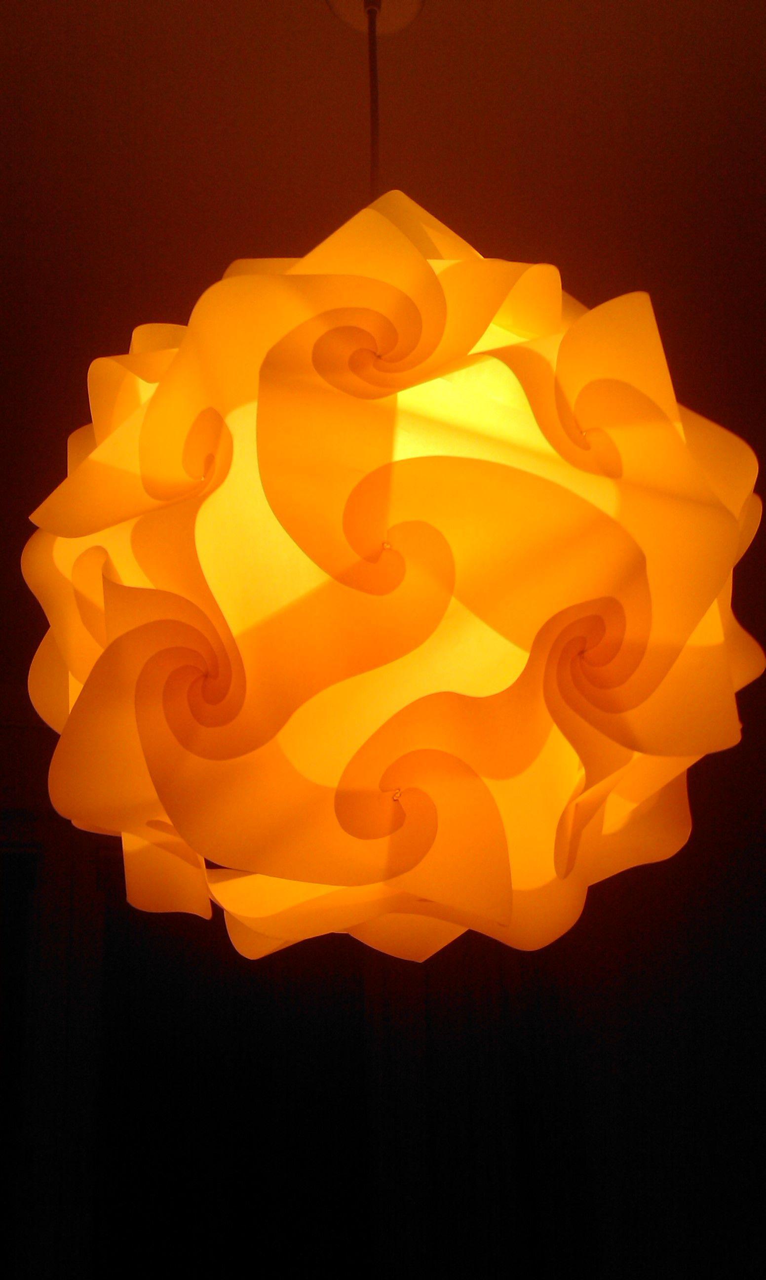 lampe aus papier bauanleitung zum selber bauen heimwerker forum lampen basteln lampen. Black Bedroom Furniture Sets. Home Design Ideas