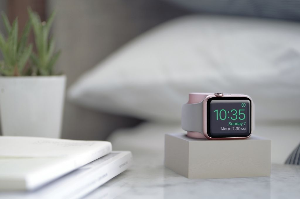 Image result for iphone stand lifestyle best apple watch