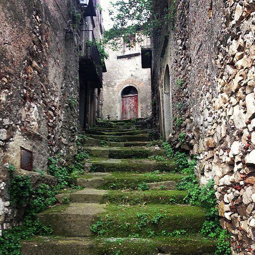 Villaggi, case vacanze, b&b Sicilia: tours e travel con Check Sicily | NOVARA DI SICILIA E L'ARTE DEI MAESTRI SCALPELLINI