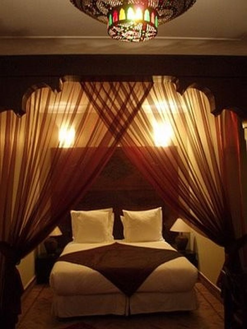 Romantic Dream Master Bedroom Design Ideas 61