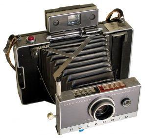 Polaroid Land Camera using Bellows
