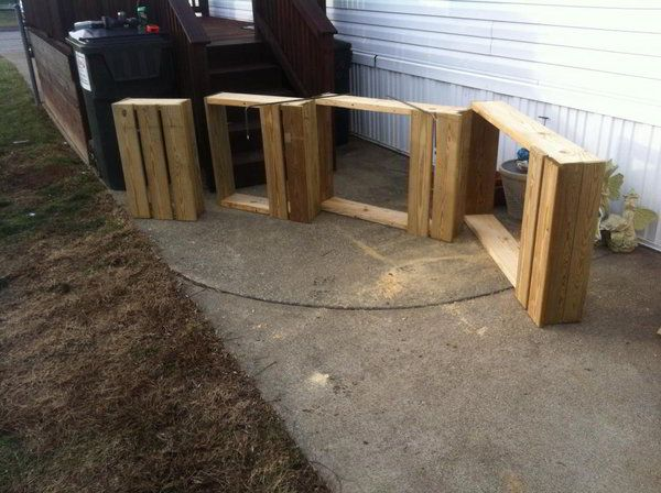 Unique Wooden Portable Steps For Your Travel Trailer Traveling