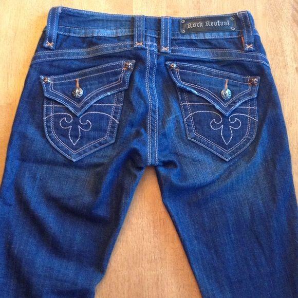 Rock Revival Jeans Rock Revival Gwen Bootcut Jean. Slight wear on bottom hems. Inseam 33.5 inches. Open to offers. Rock Revival Jeans Boot Cut