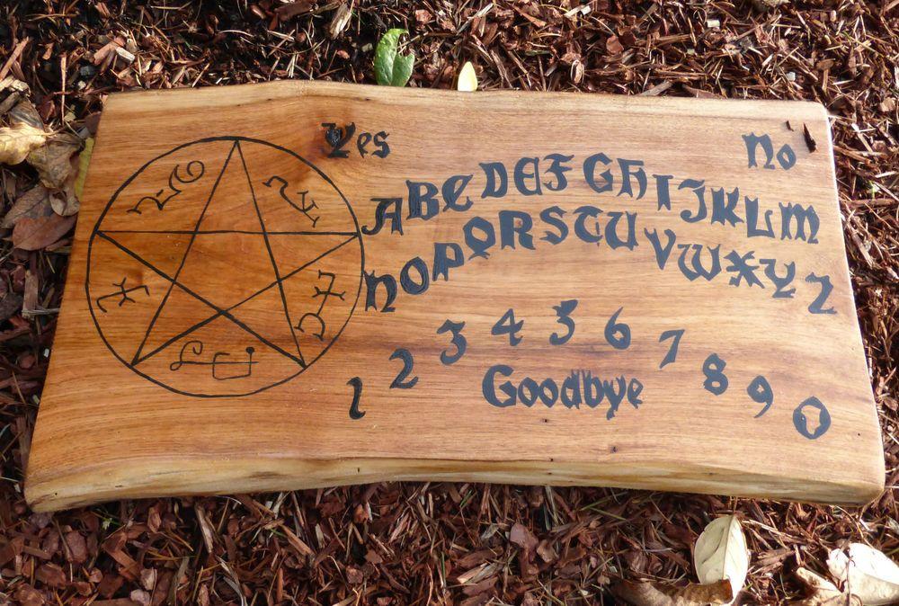 Ouija Board Game Wooden Wood Pagan Devils Trap Pentagram Symbol Key