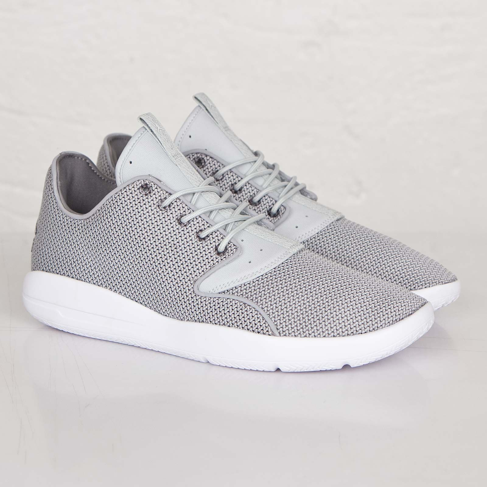 grey jordan shoes women