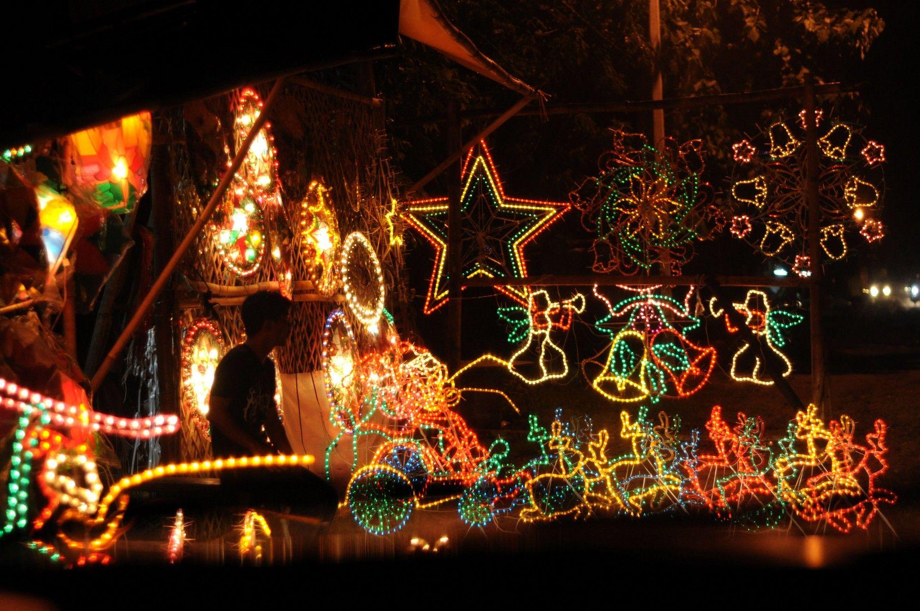 Podobny Obraz Solar Christmas Lights Christmas Lights Lights