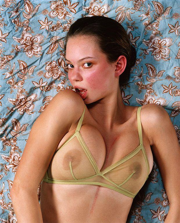 ebony mirror pics naked
