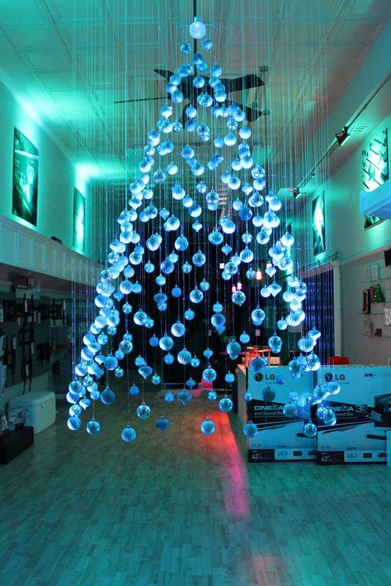 Arbol De Navidad Flotante De Carton