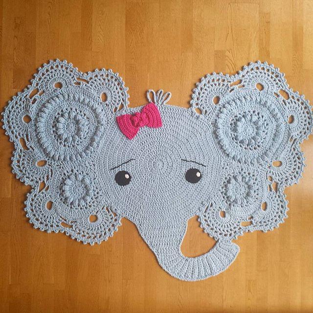 LBK63's Makenzie's Elephant Rug | CrochetHolic - HilariaFina