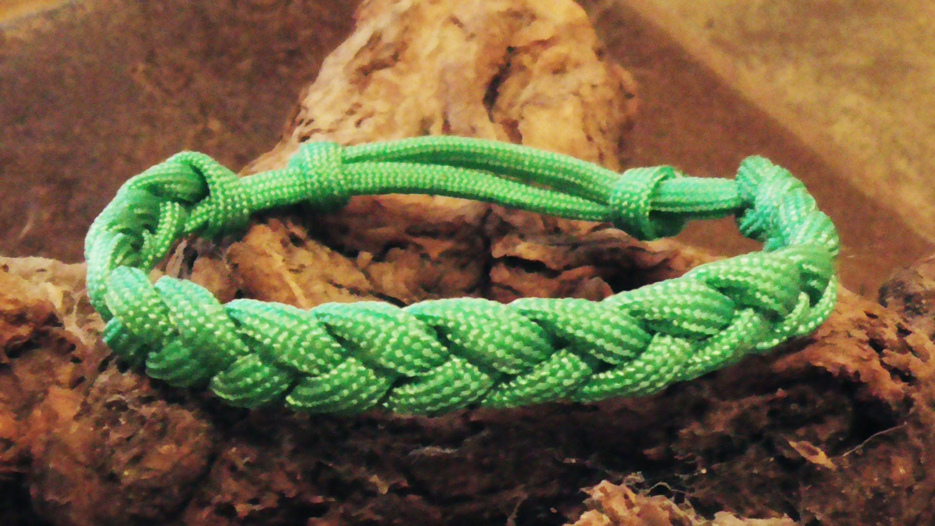 How To Make An Adustable Rastaclat Friendship Bracelet With Sliding Knot