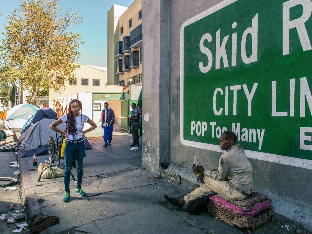 This Former Hollywood Stylist Started A Non Profit To Give Menstrual Products To Homeless Women Skid Row People In Need The Row
