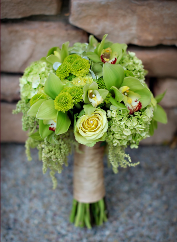 Check out these 10 ideas for creating the perfect spring bouquet! http://www.dreamwedding.com/gallery/in-bloom-10-stylish-spring-bouquet-ideas