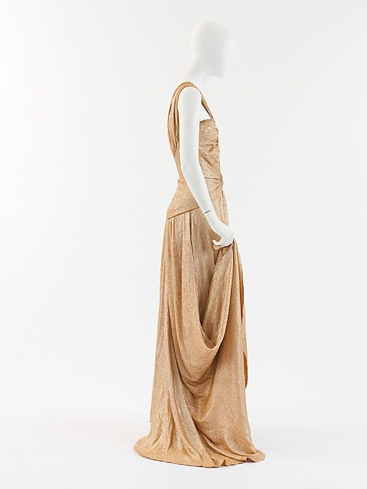 """Evening dress  House of Chanel (French, founded 1913)  Designer: Gabrielle """"Coco"""" Chanel (French, Saumur 1883–1971 Paris) Date: 1934"""
