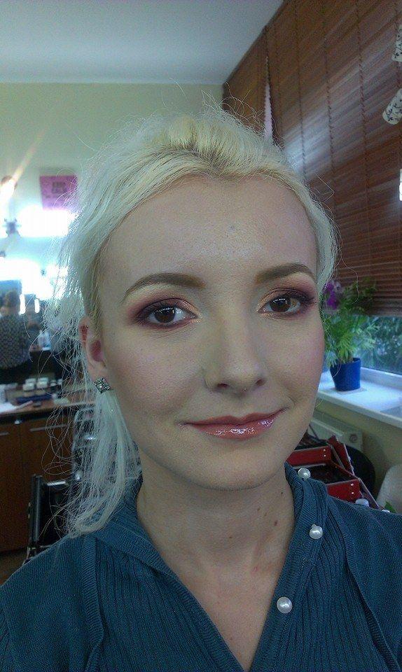 smokey make-up
