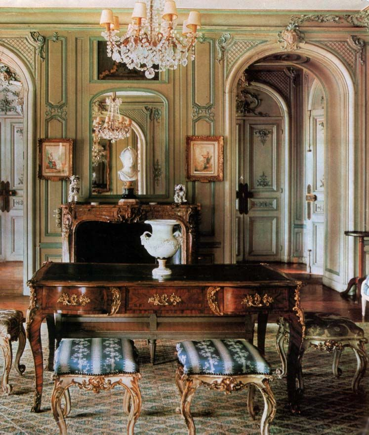 Victorian Homes Decor: Design History: French Louis XV Style