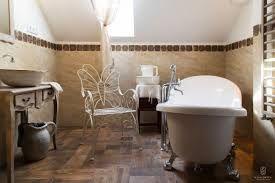 Znalezione obrazy dla zapytania jak urządzić łazienkę na poddaszu zdjęcia