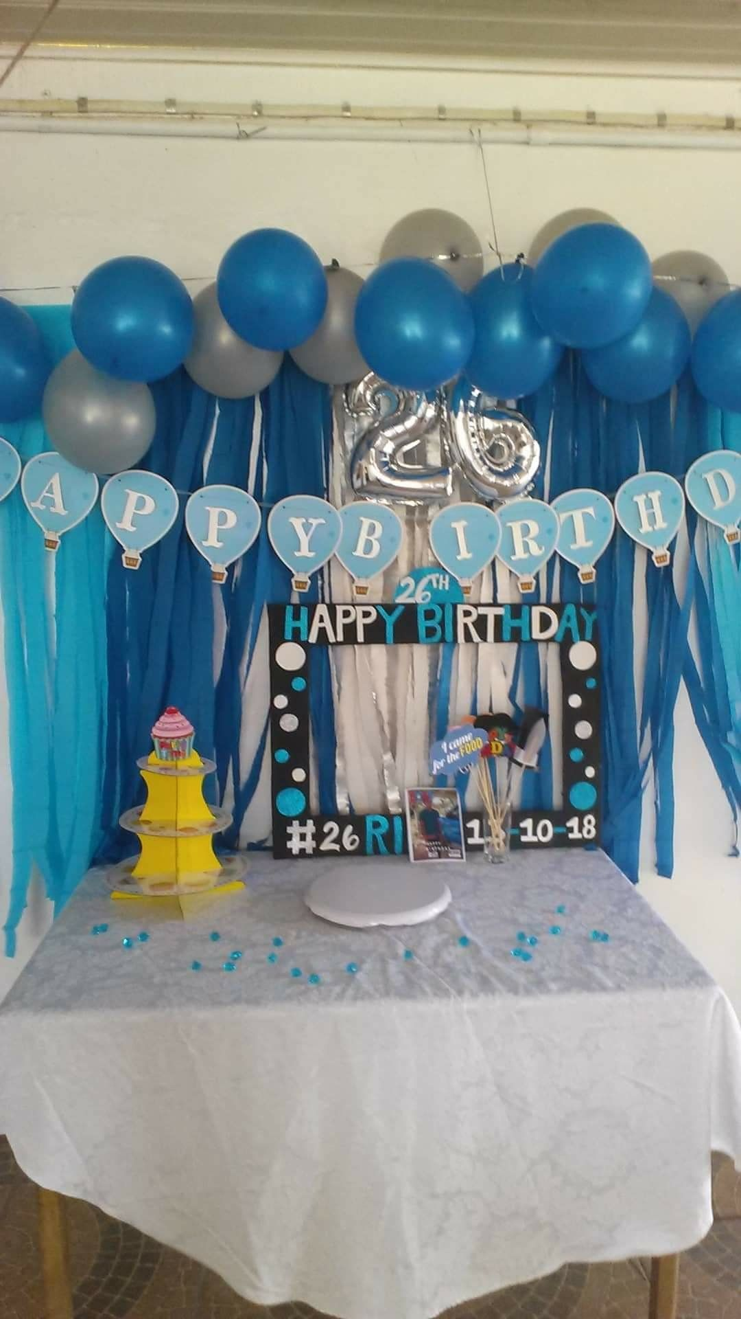 Simple backdrop for adult male birthday Easy backdrops