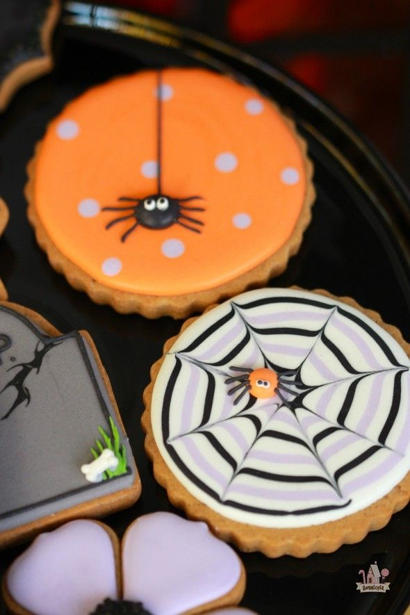 How To Make A Spider Web Decorated Cookie With Images Cookie