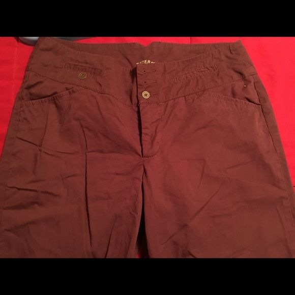 Plum colored capri's Lee Riders plum colored Capri's. Size 11M. Great for the office or a night out. EUC. Comes from smoke free home. Lee Pants Capris