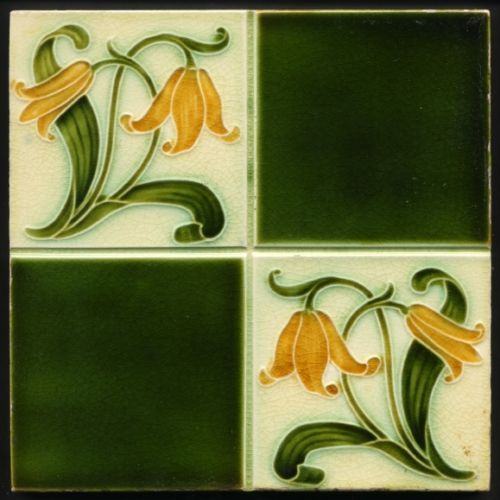 TH2684-Floral-Majolica-Tile-Lewis-Day-Pilkington-Rd-1902