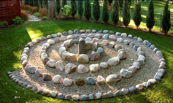 Surprising 17 Beautiful Stone Garden Decorations That Will Amaze You Theyellowbook Wood Chair Design Ideas Theyellowbookinfo