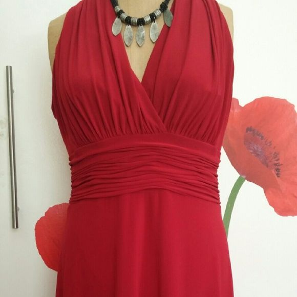 I just added this to my closet on Poshmark: Evan Picone Ruched Waist V-Neck Jersey Dress. Price: $22 Size: 10P