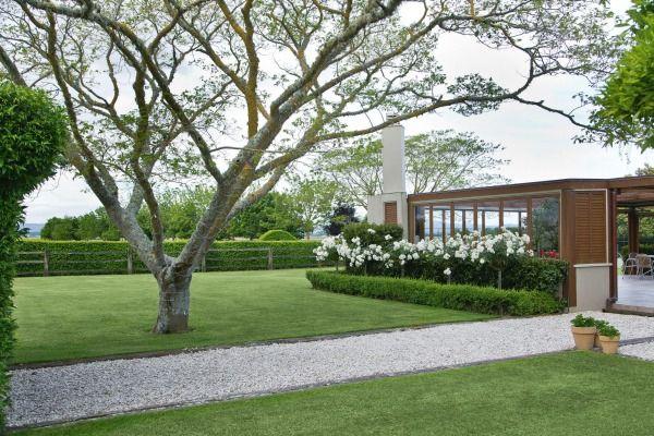 Garden of the week: Rural Gisborne garden lies behind neatly clipped hedges | Stuff.co.nz
