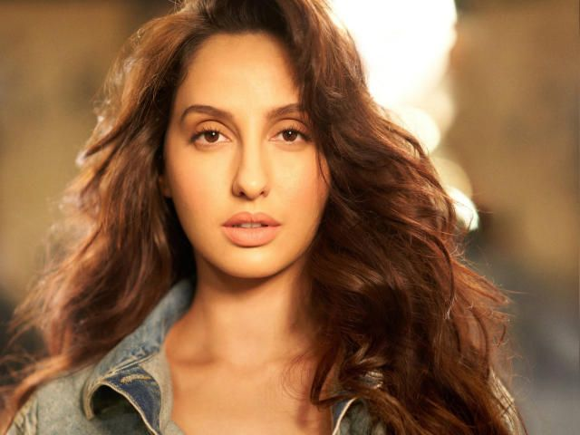 Download Nora Fatehi Wallpaper Indian Celebrities Wallpapers Images Photos And Background For Desktop Windows 10 Macos Appl In 2021 Celebrity Wallpapers Image Nora