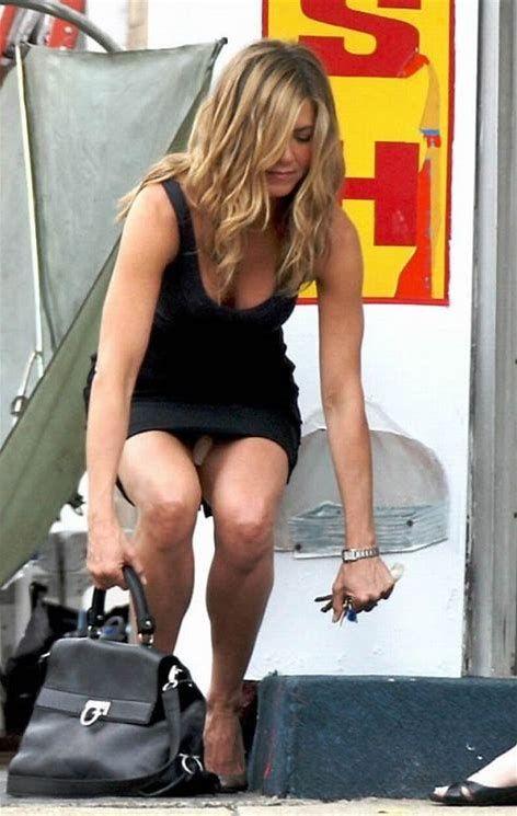 Image Result For Jennifer Aniston No Underwear Hot